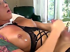Shemale Hottie Aubrey Kate Pleases Herself