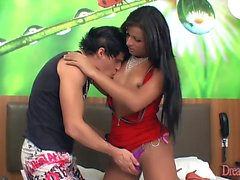Pretty tgirl Bruna Butterfly fucks and get fucked bareback